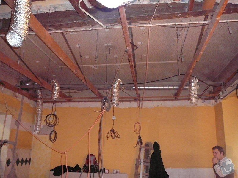 Montáž podhledu a opravy: P1060508