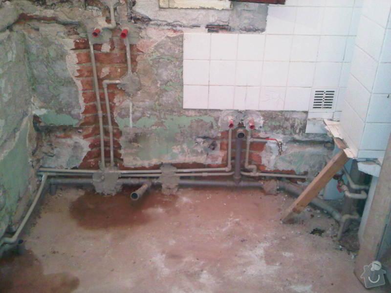 Rekonstrukce koupelny: IMG00139-20100618-1259