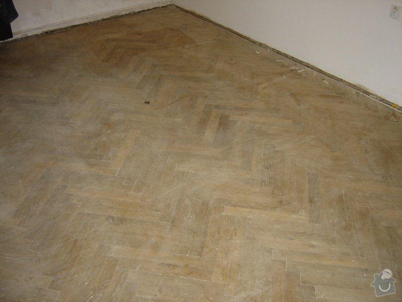 Rekonstrukce staré podlahy, původně parkety, cca 20m2: DSC03125