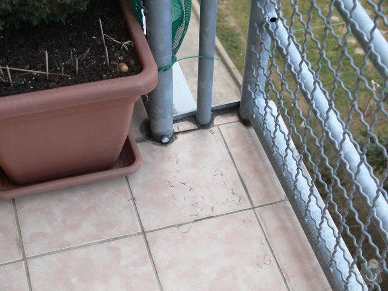 Pokládka mrazuvzorné dlažby na balkóně: pohled
