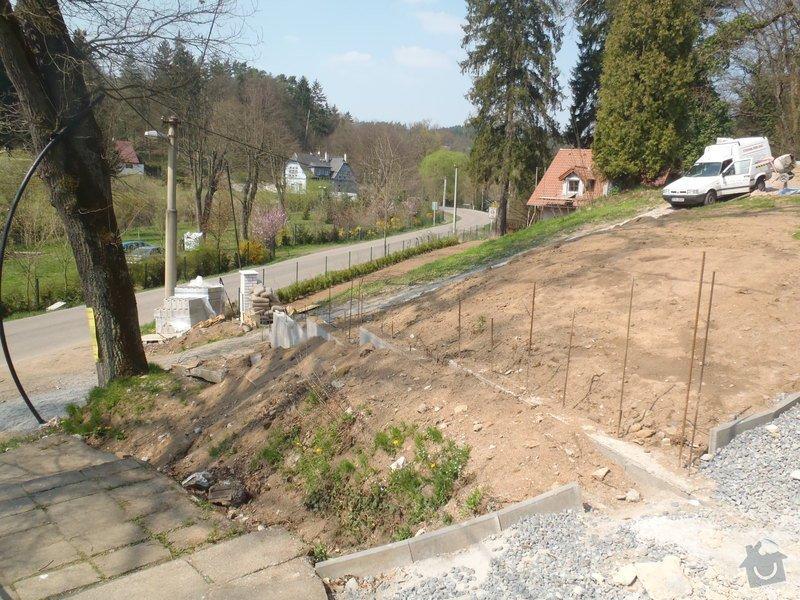 Postupná kompletace zahrady: P4190100