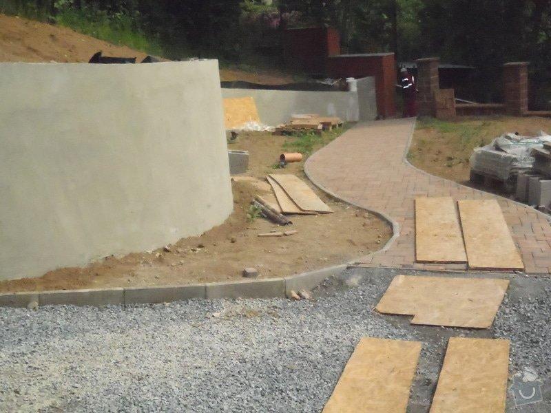 Postupná kompletace zahrady: P6020061