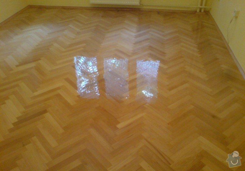 Vyrovnani podlahy (parkety) a polozeni plovouci podlahy: DSC01918