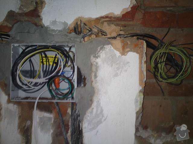Kompletní rekonstrukce elektroinstalace činžovního domu: DSC00103