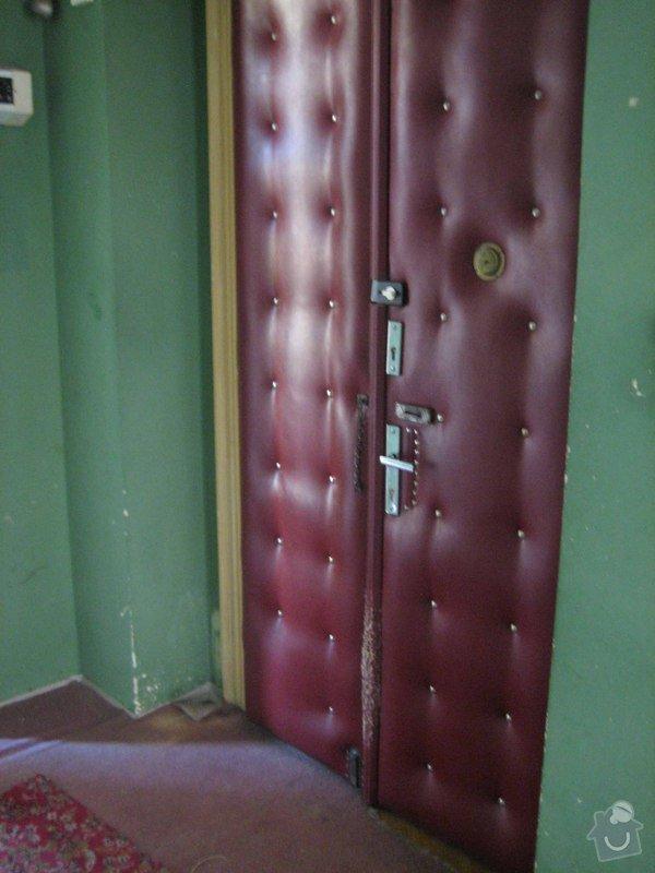 Oprava čalouněných vstupních dveří bytu: IMG_4915