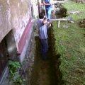 Izolace podurovni terenu domu v cetne zbourani stareho odpadu foto 0025