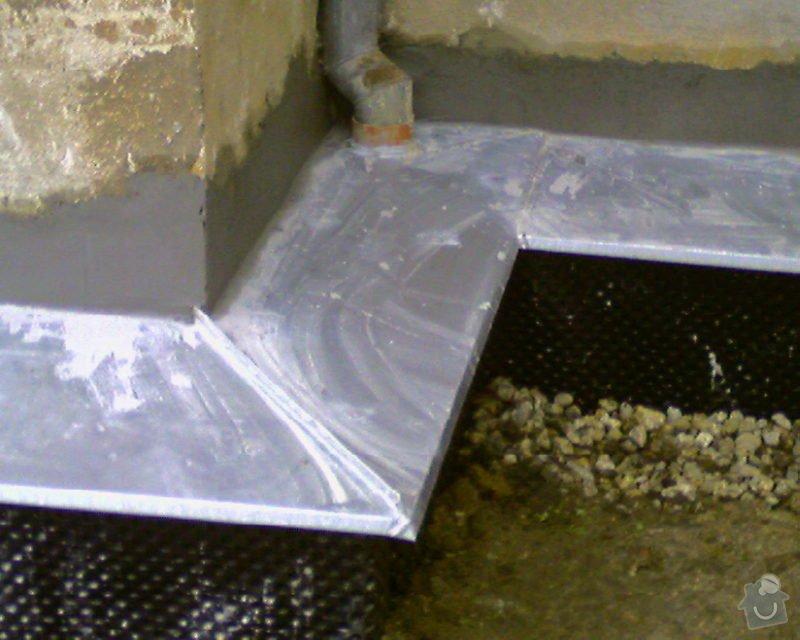 Izolace podurovni terénu domu v četně zbourání starého odpadu a zároven vybudování nového odpadu.: Foto-0003