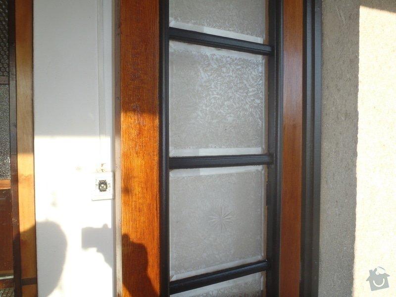 Renovace vstupních dveří.: P6120271