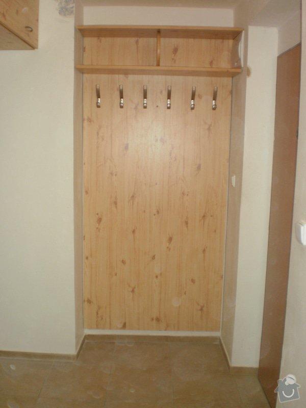 Výroba nábytkové stěny do chodby: 001