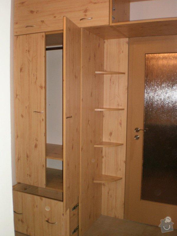 Výroba nábytkové stěny do chodby: 004