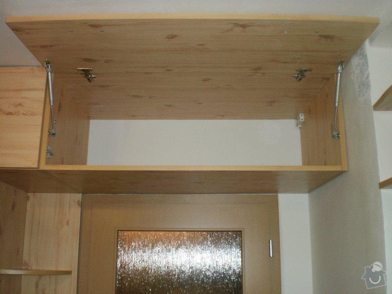 Výroba nábytkové stěny do chodby: 005