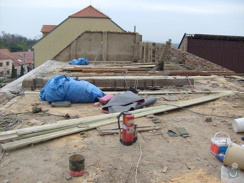 Předmětem zakázky bylo kompletní zhotovení nového krovu dle projektu.: S6303632