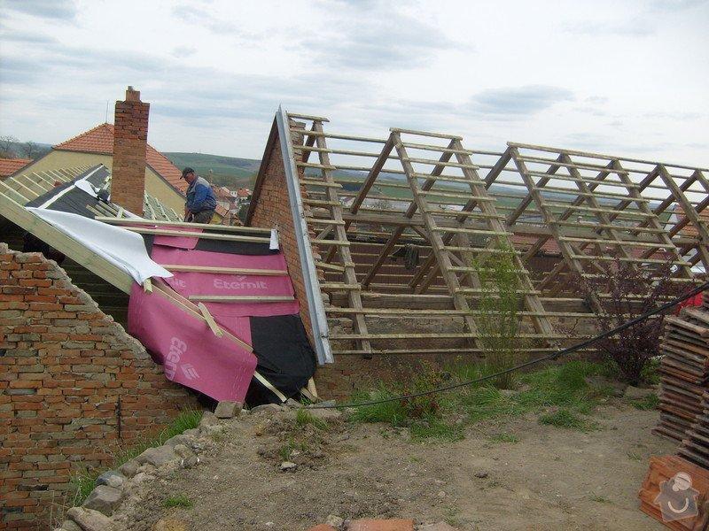 Předmětem zakázky bylo kompletní zhotovení nového krovu dle projektu.: S6303713
