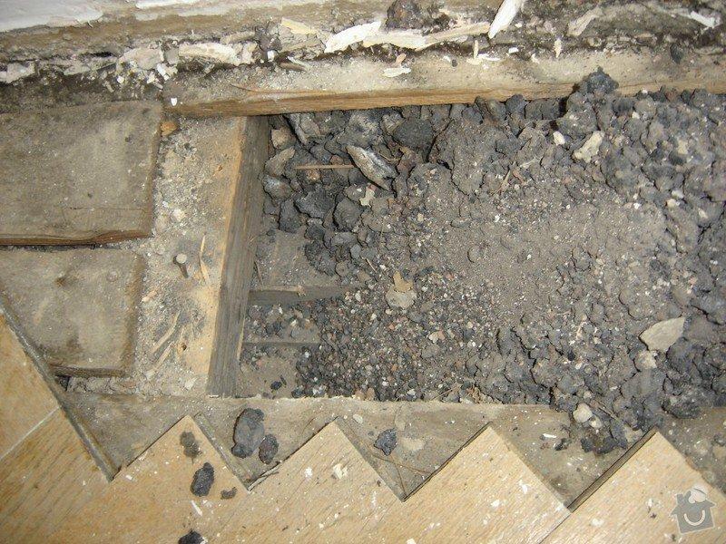 Rekonstrukce staré podlahy, původně parkety, cca 20m2: DSC03142