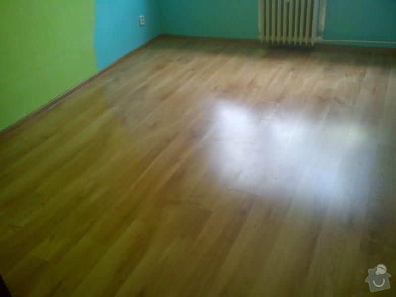 Podlaha a vestavěná skříň: DSC02248