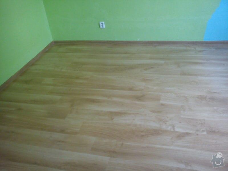 Podlaha a vestavěná skříň: DSC02249