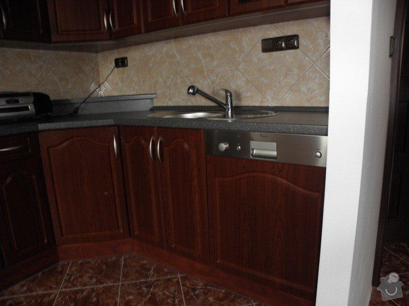 Rekonstrukce celého bytu,koupelny a výroba kuchyně: P6147148