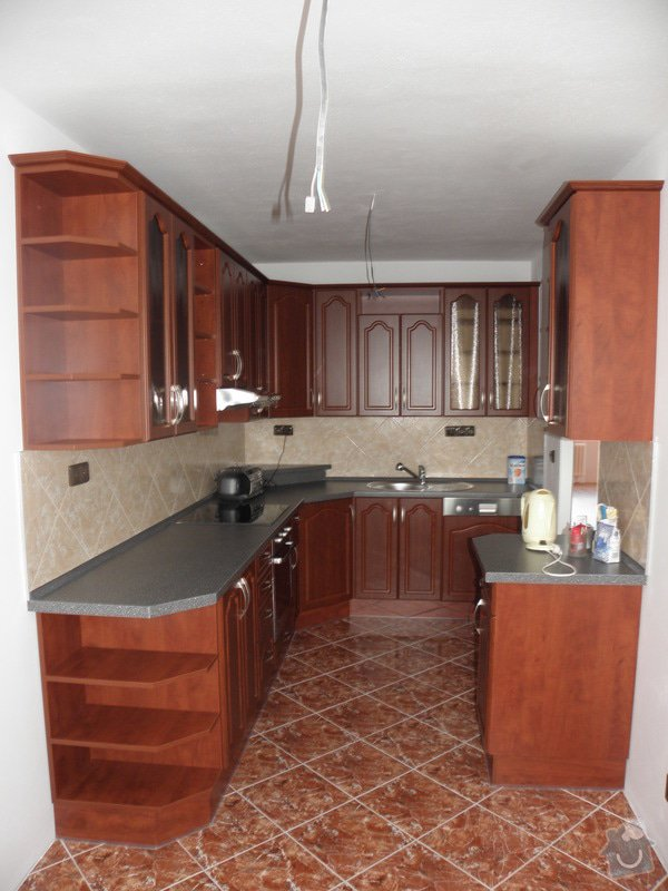 Rekonstrukce celého bytu,koupelny a výroba kuchyně: P6147154