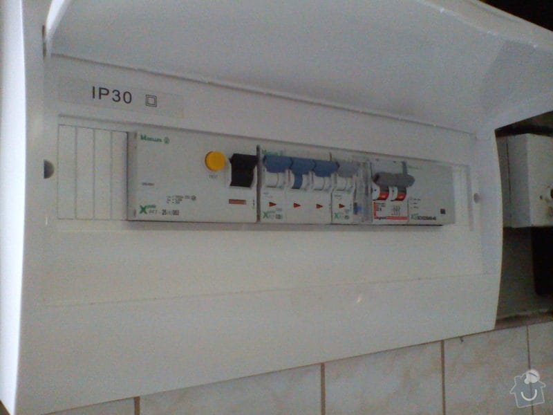 Zapojení elektriky bazénu: DSC00372