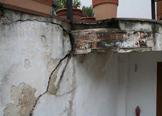 Oprava venkovního schodiště, terasy, zdi