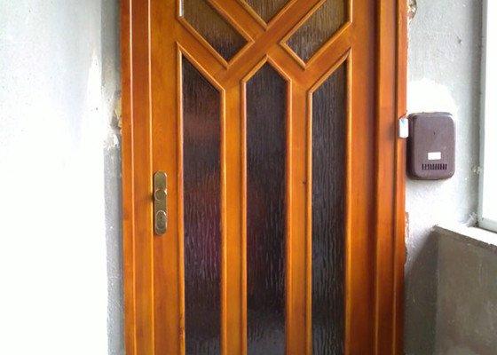 Výroba a montáž dveří a oken, plovoucí podl.