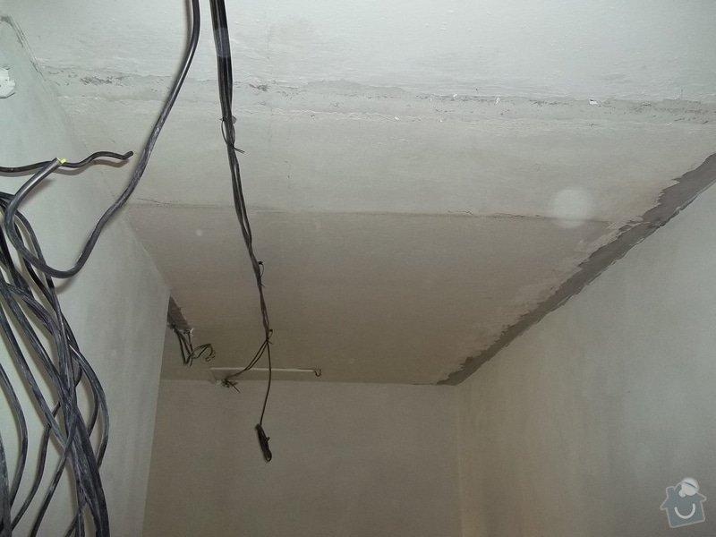 Snížení stropu pro bodová světla: 104_0280