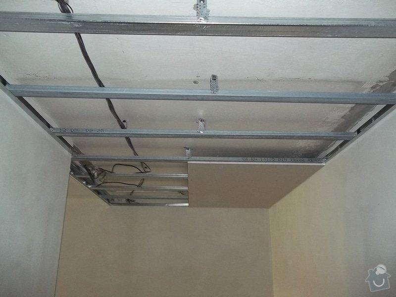 Snížení stropu pro bodová světla: 104_0286
