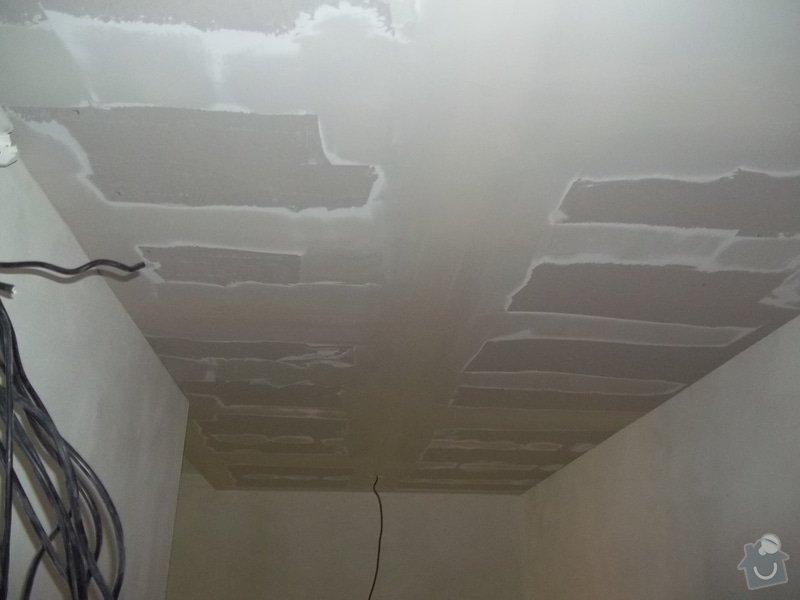 Snížení stropu pro bodová světla: 104_0290