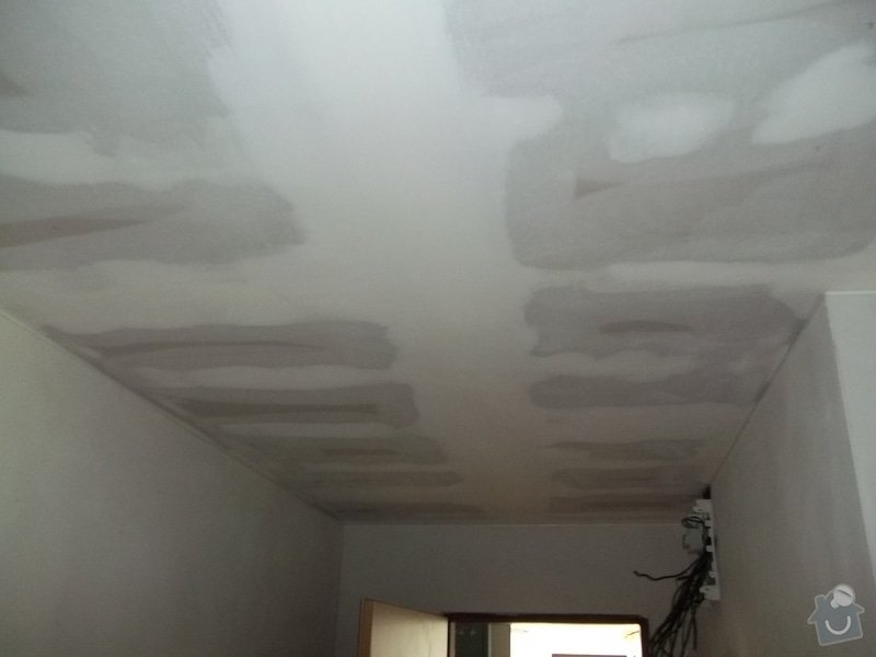 Snížení stropu pro bodová světla: 104_0298
