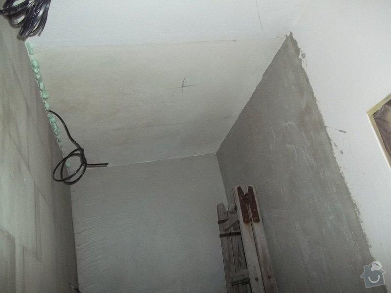 Snížené podhledy v koupelně a předsíni: 104_0264