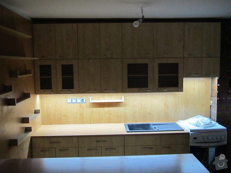 Kuchyň, LED osvětlení, designové vypínače: IMG_0392