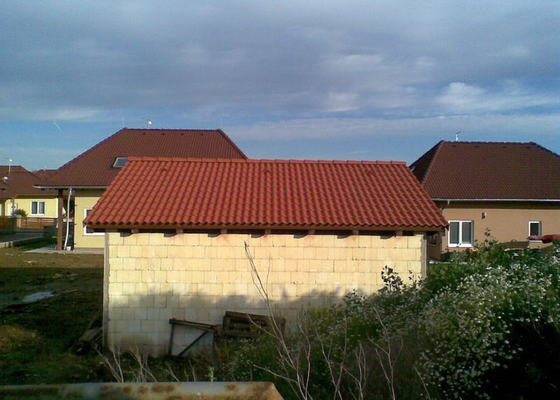 Pokrytí střechy garáže