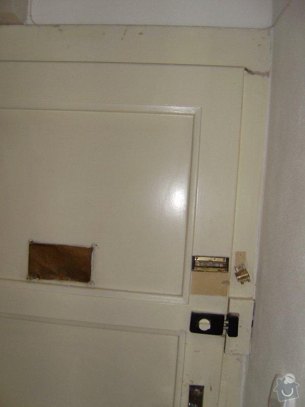 Úprava vstupních dveří do bytu, nové interiérové dveře,- dodávka, montáž, : P6220001