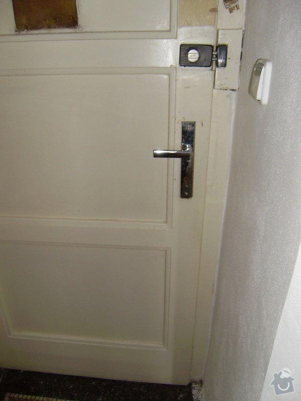 Úprava vstupních dveří do bytu, nové interiérové dveře,- dodávka, montáž, : P6220002