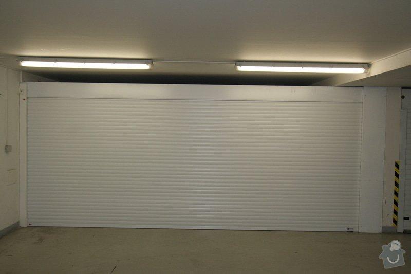 Garážová vrata v podzemní garáži: garaz_hotovo
