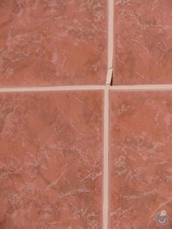 """Oprava """"odfouknutých"""" obkladů v koupelně: Obklady_1"""