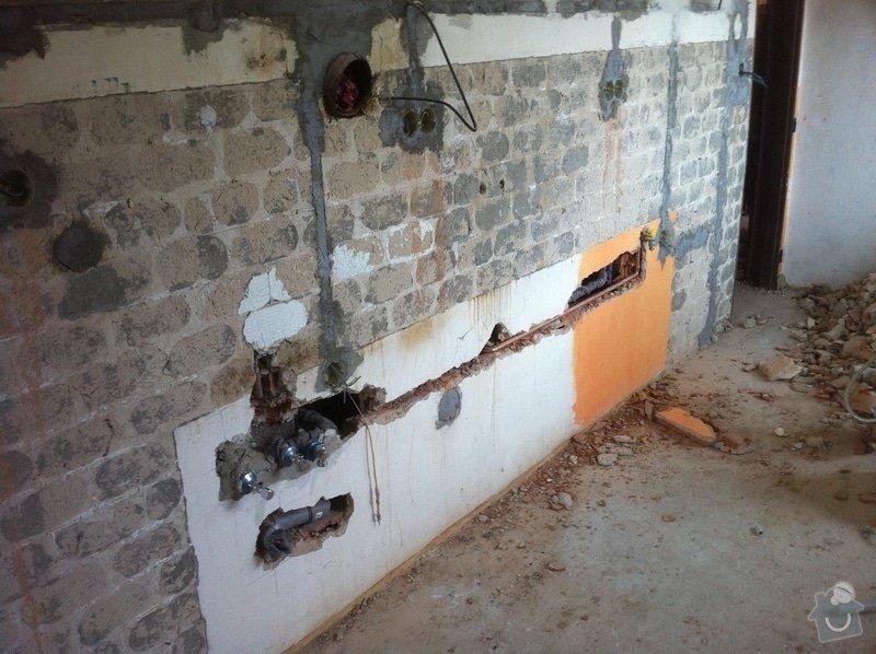 Rozvody vody, odpadů, topení, plynu v bytě: IMG_0541
