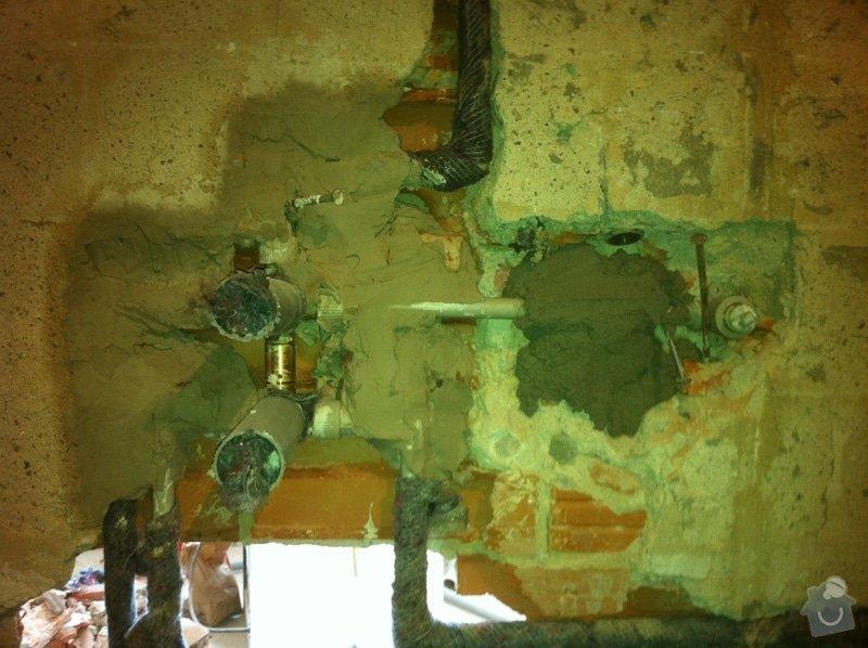 Rozvody vody, odpadů, topení, plynu v bytě: IMG_0547