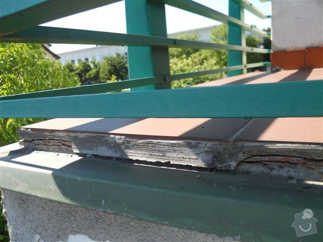 Kompl. rekonstrukce povrchu balkónu ca 8 m2, oprava nátěru kovového zábradlí: praskajici_spodni_dlazba_zap._okraj