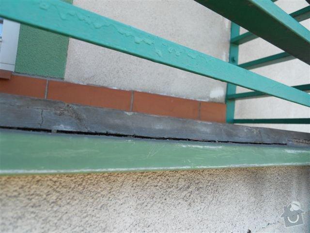 Kompl. rekonstrukce povrchu balkónu ca 8 m2, oprava nátěru kovového zábradlí: sparovani_odpada_po_celem_obvodu