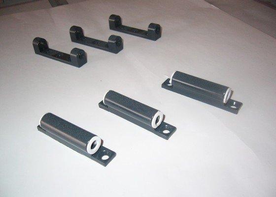 Lakování (nástřik) plastových a kovových dílů