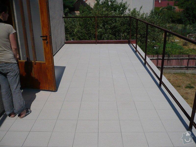 Izolace a pokládka dlažby na terase.: P1030464