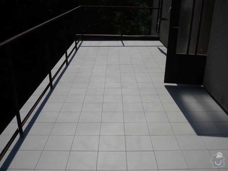 Izolace a pokládka dlažby na terase.: P1030467