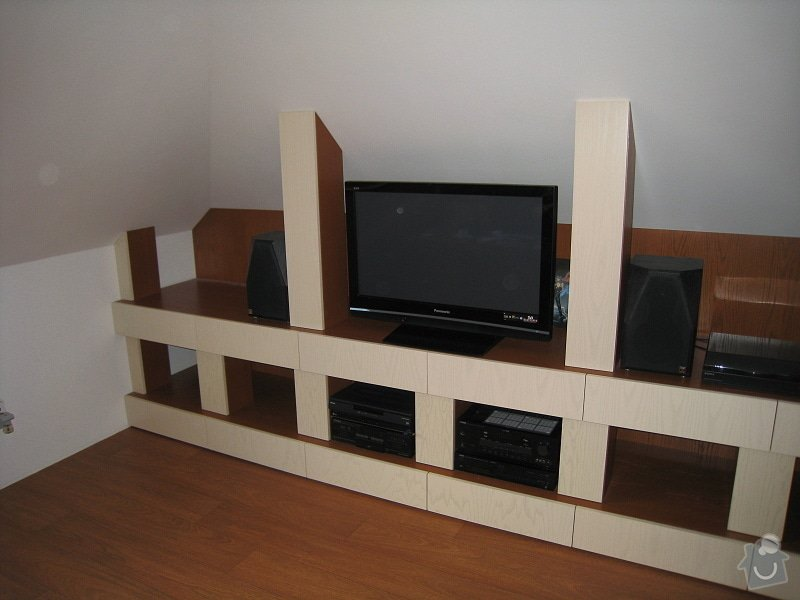Nábytek do podkroví: IMG_3805