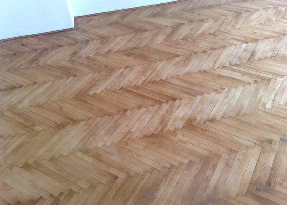 Pokládka podlahy - dvě místnosti á 18 m2
