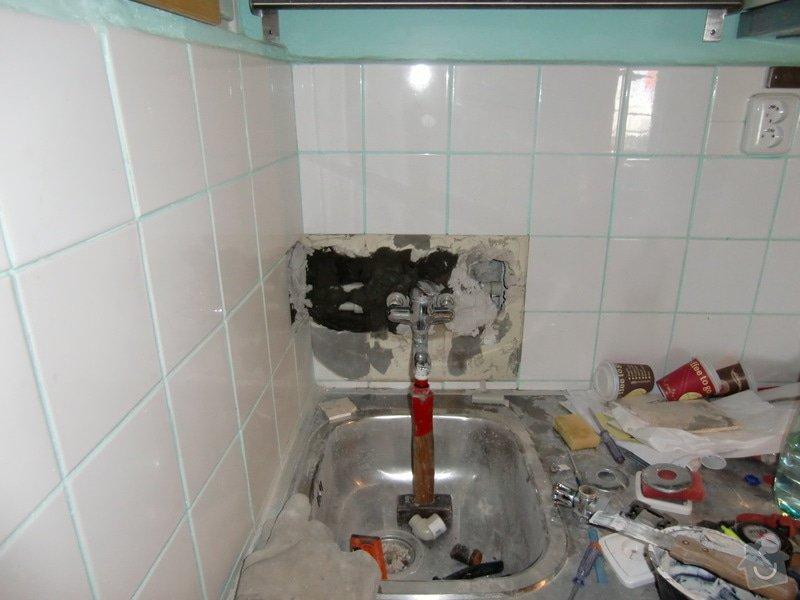 Renovace koupelny: voda_v_kuchyni