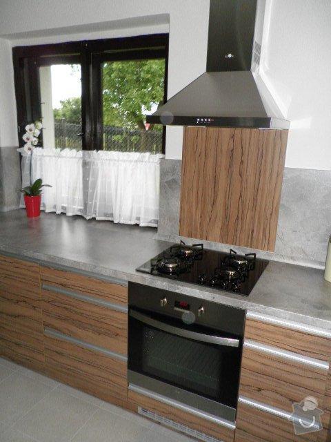 Kuchyňská linka: P7080043