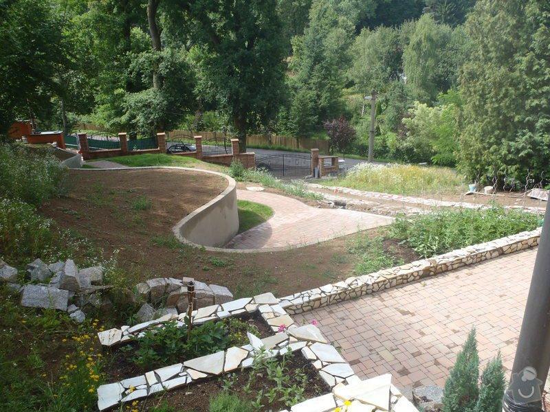 Postupná kompletace zahrady: P7100734