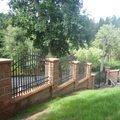 Postupna kompletace zahrady p7100730