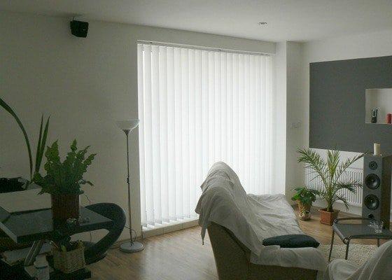Nástavba na rodinný dům, samostatná bytová jednoka 3+KK s podlahovou plochou 100 m2